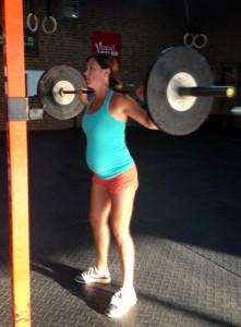 Lauren is squatting for 3 ;)